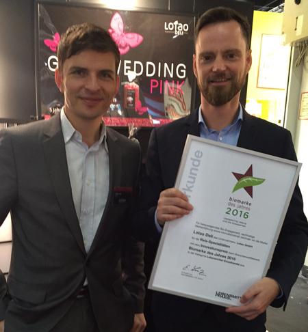 Preis für Innovationen: Stefan Fak (Risolier) und Jens Pöhnisch (Leiter Marketing und Vertrieb Lotao GmbH)