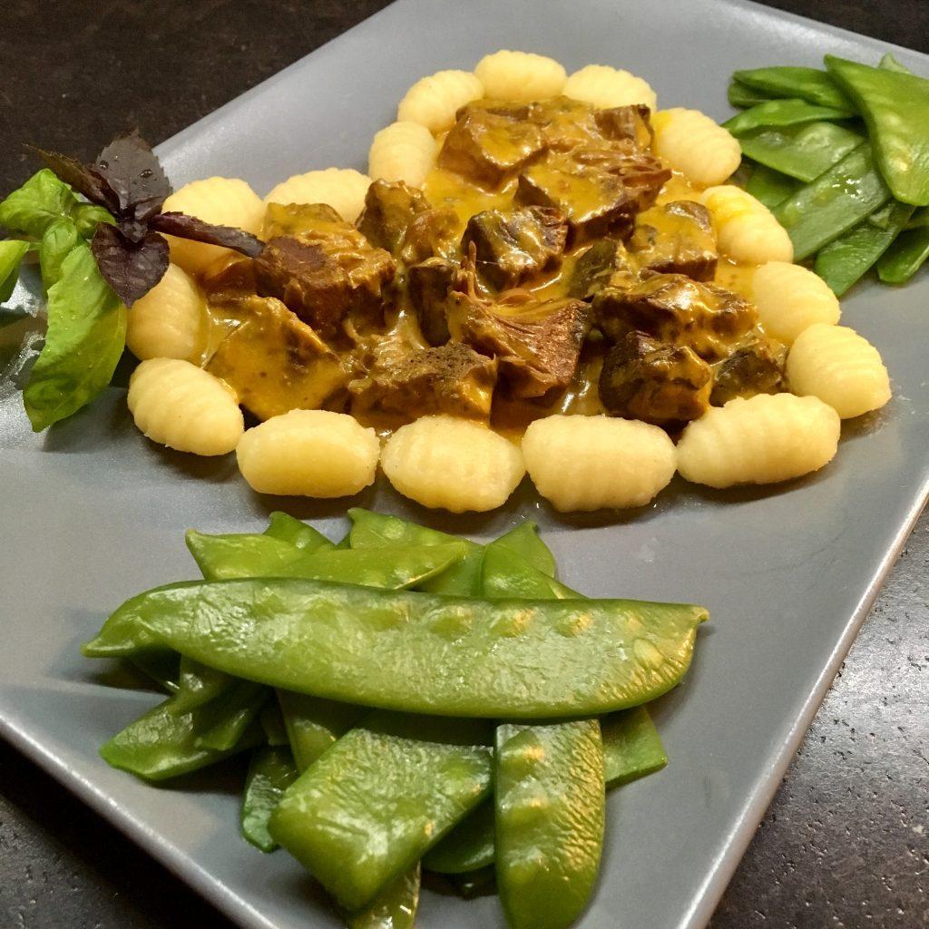 Platz 1 – Cremiges Jackfruit Curry